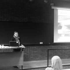 Karianne Gjerstad forteller om hvordan hun gikk fra KULKOM-student til å jobbe med organisasjonskultur ved A-hus Universitetssykehus.